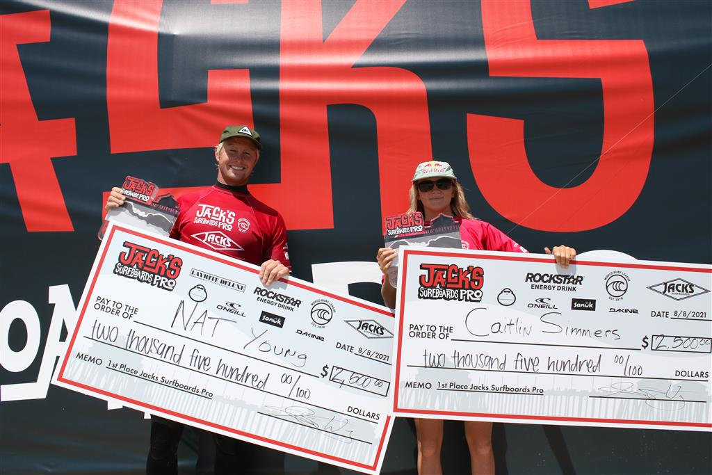 Nat Young (USA) (L) and Caitlin Simmers (USA) (R) fought their way to their respective podiums for big wins at Jack's Surfboards Pro QS 1000, at Huntington Beach, California, USA, August 8, 2021. Image credit: WSL / Nichols